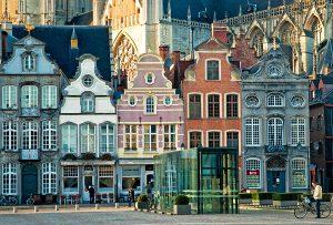 Immobilier : pourquoi la traduction est indispensable en Belgique