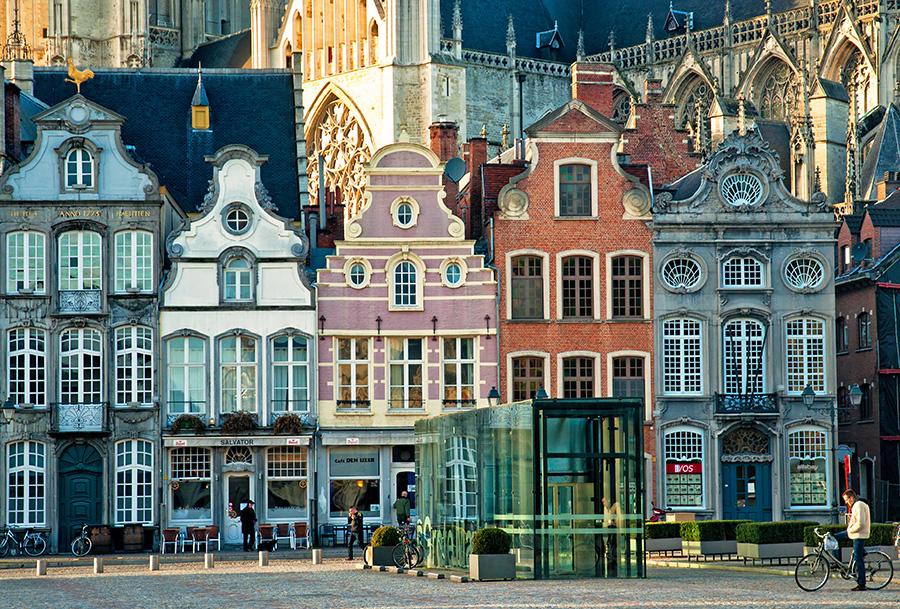 Immobilier : pourquoi la traduction est indispensable en Belgique ?